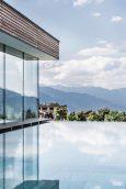 Hotel-Sonnenberg©-Hannes-Niederkofler_WEB-0005-683x1024
